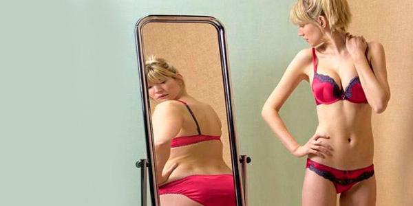 Fotos desnudo y sin censura de Juan Carlos,