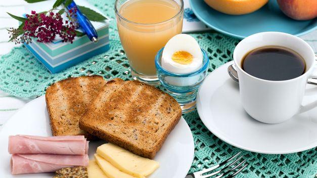 Desayunar-optimista-ayuda-engordar-verano_TINIMA20140703_0660_5